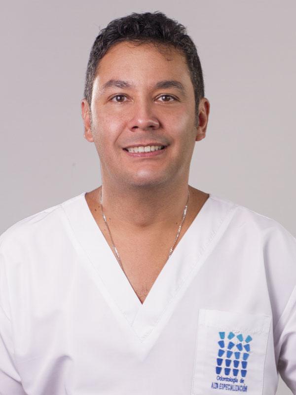 Dr. Martín Orozco