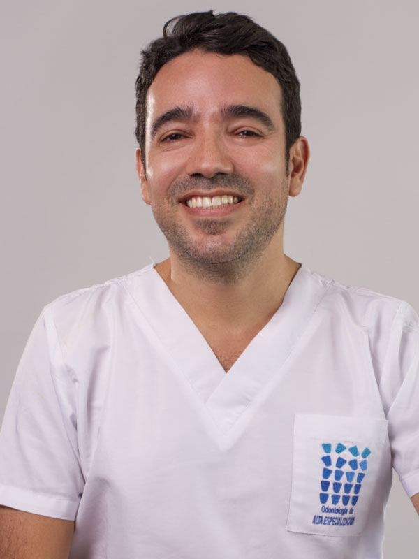 Dr. Mauricio Vazquez
