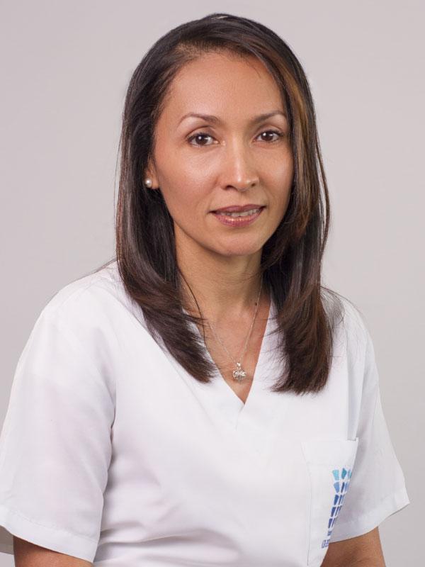 Dra. Alexandra Correa